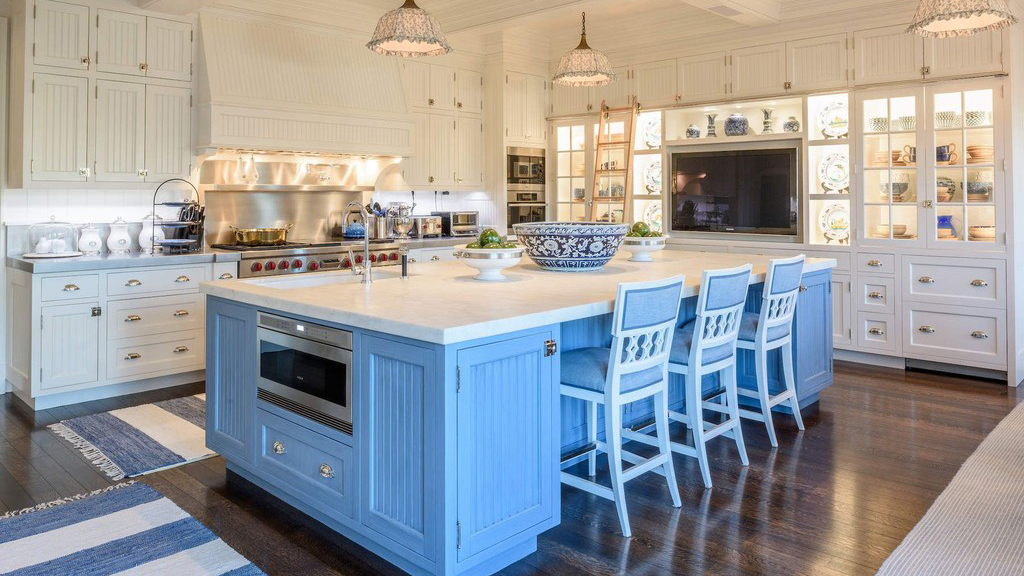 A Recipe for Fabulous Entertaining | 6 Enviable Kitchens